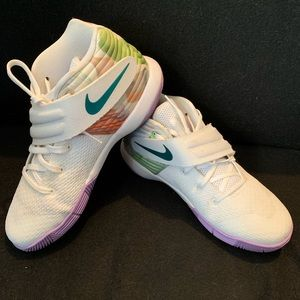 7d91073a5d6 Women s Nike Kyrie 2 on Poshmark